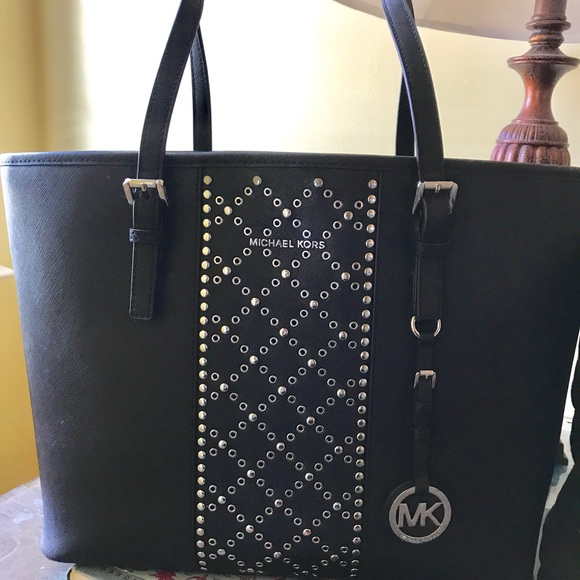 ebbfa189 Michael Kors Jet Set Travel TZ Tote Black Studded